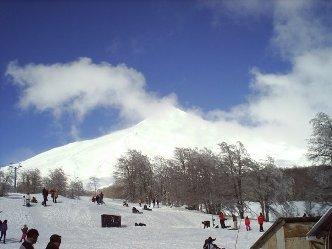 Volcan De Villarrica, Actividades en Chile